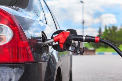 Поднятые акцизы на нефтепродукты не должны повлечь за собой увеличение цен на заправках
