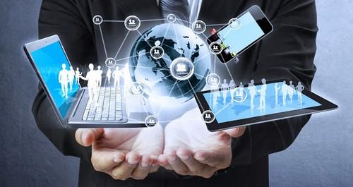 Компания по консультированию в области информационных технологий.