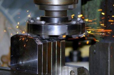 Промышленное оборудование для сверления и металлообработки