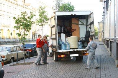 Переезд с помощью специализированного сервиса: быстро, надежно и качественно